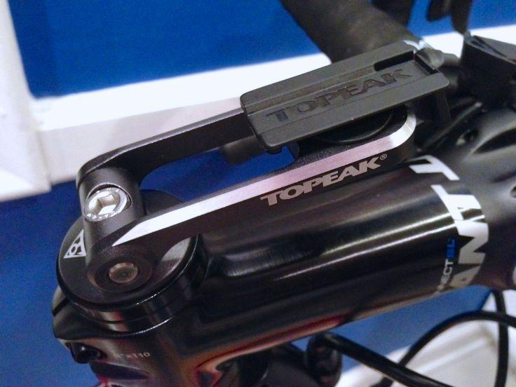 Topeak iPhone mount on stem